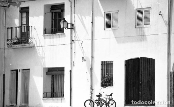 Fotografía antigua: 18 fotos (17 negativos 24x36 mm y 1 de 55x55mm) de Calella de Palafrugell, 1979. Empordà, Girona - Foto 15 - 85435748