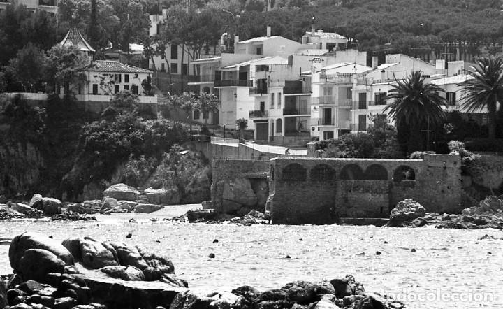 Fotografía antigua: 18 fotos (17 negativos 24x36 mm y 1 de 55x55mm) de Calella de Palafrugell, 1979. Empordà, Girona - Foto 16 - 85435748