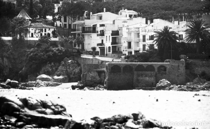 Fotografía antigua: 18 fotos (17 negativos 24x36 mm y 1 de 55x55mm) de Calella de Palafrugell, 1979. Empordà, Girona - Foto 17 - 85435748