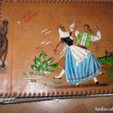 Fotografía antigua: ANTIGUO ALBUM FOTOS DE PIEL PINTURA ORIGINAL RECUERDO MALLORCA. Lote 93921005