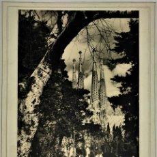 Fotografía antigua: FACHADA DE LA PASIÓN. SAGRADA FAMILIA. FOTOGRAFIA. ESPAÑA. CIRCA 1930. Lote 94580971