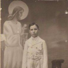 Fotografía antigua: *** D1499 - FOTOGRAFIA - NIÑO DE PRIMERA COMUNION - FOTO STUDIO - ALCOY. Lote 95668799