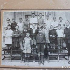 Fotografía antigua: FOTOGRAFIA ESCUELA, ALUMNOS Y MAESTRO, AÑOS 20, VALENCIA. Lote 100181979