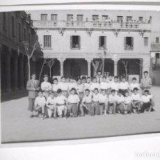 Fotografía antigua: FOTO FOTOGRAFIA DE NIÑOS EN ESCUELA COLEGIO DE MANRESA. Lote 100389839