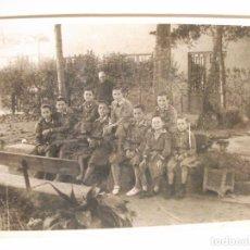 Fotografía antigua: FOTO FOTOGRAFIA DE NIÑOS EN ESCUELA COLEGIO DE MANRESA. Lote 100390067