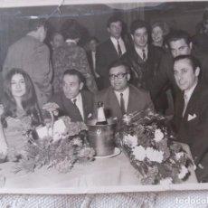 Fotografía antigua: LOCUTORES AÑOS 60.. Lote 101576711