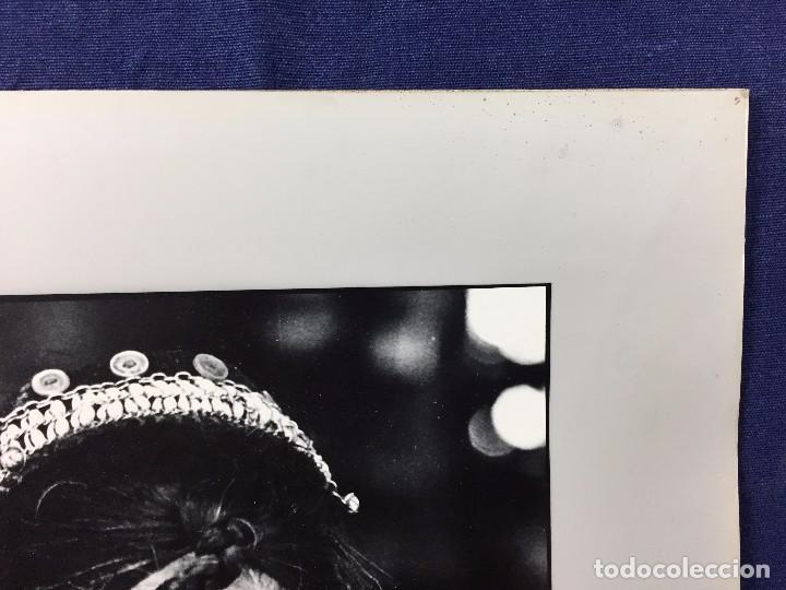 Fotografía antigua: fotografia blanco negro mujer anciana sabiduria etnia grupo indios america años 60 70 40 x 30 cm - Foto 5 - 103390923