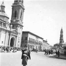Fotografía antigua: ** X1124 - FOTOGRAFIA PEQUEÑO FORMATO - SEÑORA EN ZARAGOZA - 6 X 6 CM.. Lote 103999939