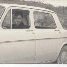 Fotografía antigua: FOTO DE COCHE SIMCA 1000 AÑOS 60. Lote 104947431
