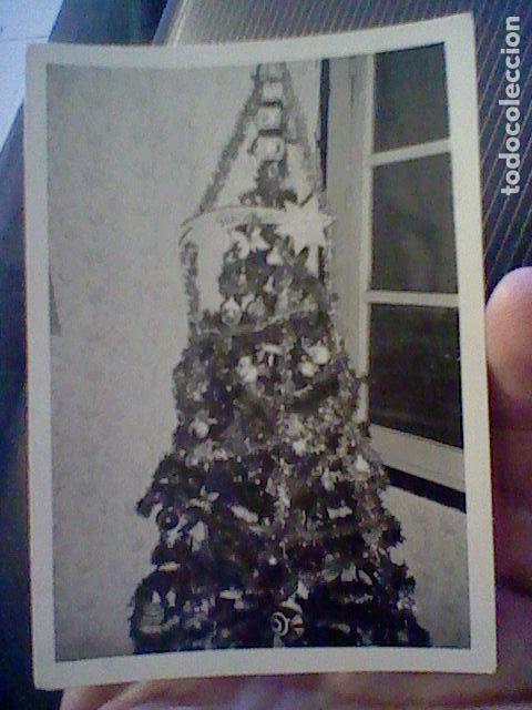 FOTOGRAFIA PARTICULAR AÑOS 60 APROX ARBOL NAVIDAD ADORNADO (Fotografía - Artística)