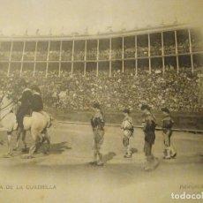 Fotografía antigua: ENTRADA DE LA CUADRILLA. FOTOTIPIA HAUSER Y MENET. 21 X 15 CM.. Lote 105680591