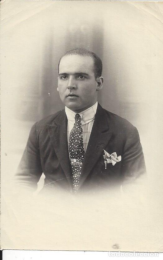 FOTO HOMBRE JOVEN CON TRAJE YCORBATA. AÑOS 30/40 (Fotografía - Artística)