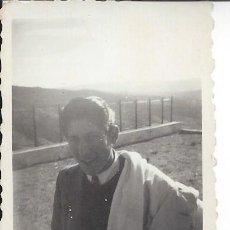 Fotografía antigua: FOTO CHICO JOVEN AÑOS 40. Lote 105799243