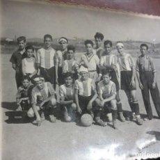 Fotografía antigua: FUTBOL ANTIGUA FOTO PLANTILLA EQUIPO . Lote 106540931