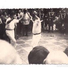 Fotografía antigua: FOTOGRAFÍA - GUERNICA - PAIS VASCO - 1964 - 10 X 7 CM. Lote 107605175