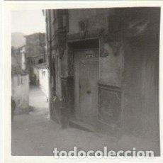 Photographie ancienne: FOTOGRAFIA CALLES DEL BARRIO JUDIO DE CHELVA 1977 -C-31. Lote 109147119