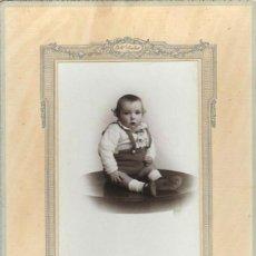 Fotografía antigua: 850- EXTRAORDINARIA FOTOGRAFIA ANTIGUA- UN NIÑO - FOTO- GIL -PILAR ZARAGOZA, 14 - MADRID . Lote 111814887