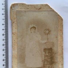 Fotografía antigua: FOTO. NIÑA DE PRIMERA COMUNIÓN. FOT. ANÓNIMO. H. 1900?. Lote 112133402