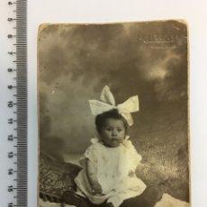 Fotografía antigua: FOTO. BEBE. FOT. J. LLOPIS. VALENCIA. H. 1920?. Lote 112136527