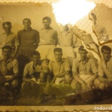 Fotografía antigua: PANTILLA ANTIGUA FUTBOL FOTO REVERSO PONE TUDOR .. Lote 115650247