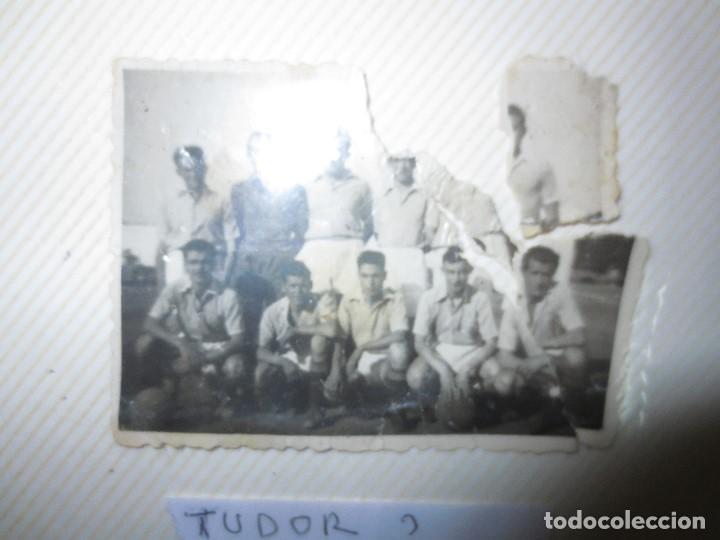 Fotografía antigua: PANTILLA ANTIGUA FUTBOL FOTO REVERSO PONE TUDOR . - Foto 5 - 115650247