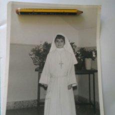 Fotografía antigua: FOTO NIÑA PRIMERA COMUNION SEVILLA FOTOGRAFIA PEÑA. Lote 119274496