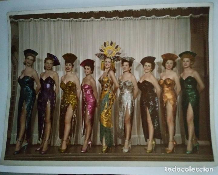 Fotografía antigua: 1954 Foto 9 chicas Sello Ministerio de información y turismo - Autorizado sólo para cafés concierto - Foto 2 - 120268603
