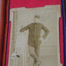 Fotografía antigua: FOTOGRAFIA ANTIGUA DE UN MILITAR - FOTO LUX - L. COBO - MELILLA - ALFONSO XIII, 32. Lote 120415235