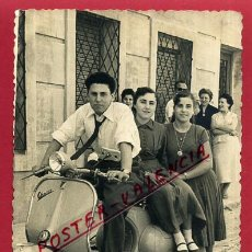Fotografía antigua: TAMAÑO POSTAL , FOTO VESPA , FOTOGRAFO , IZQUIERDO DE MISLATA , VALENCIA , ORIGINAL , P88703. Lote 121997023