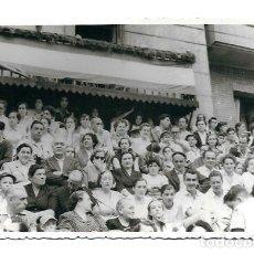 Fotografía antigua: 25200- BONITA FOTOGRAFIA ANTIGUA DE - FIESTAS EN EL PUEBLO -FOTO -ALLICA DE 1.952. Lote 121998783