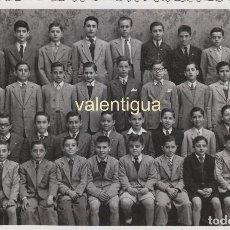Fotografía antigua: ANTIGUA FOTOGRAFÍA FIN DE CURSO ALUMNOS COLEGIO MARISTAS 1947. FOTO ANTONIO CALVO, VALENCIA. . Lote 124389019