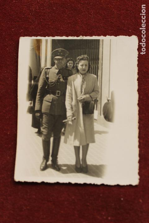 Fotografía antigua: FOTOGRAFIA MILITAR TENIENTE INTENDENCIA, 1942, ZARAGOZA, FOTO CINE SAN GIL - Foto 2 - 124503831