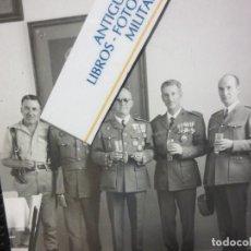 Fotografía antigua: IMPORTANTES GENERALES FIN DE GUERRA CIVIL ESPAÑA LEGION TERCIO MELILLA SALAZAR . Lote 126577883