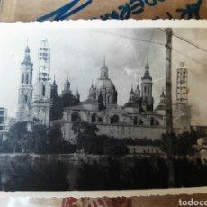 Fotografía antigua: EL PILAR DE ZARAGOZA BASÍLICA TORRES EN CONSTRUCCIÓN AÑOS 40-50. Lote 127537046
