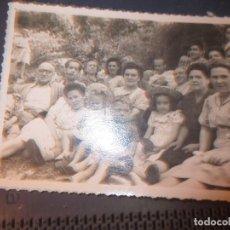 Fotografía antigua: FOTO J. MURO 1947 MIRANDA DEL EBRO FIESTAS SAN JUAN SANJUANEROS ROMERIA ?. Lote 129309571