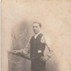 Fotografía antigua: FOTOGRAFIA CABALLERO 1908 - -H-8. Lote 130115843