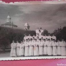 Fotografía antigua: ESCOLANÍA DE LOS AGUSTINOS FILIPINOS DE VALLADOLID. Lote 130319940
