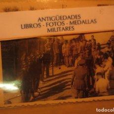 Fotografía antigua: ENTREGA MEDALLAS ATLETISMO JUEGOS MILITARES SEU MELILLA 1940. Lote 130538774