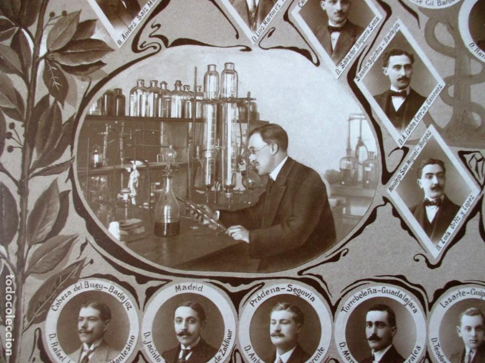 Fotografía antigua: Gran orla de la Facultad de Farmacia de Madrid. Curso 1912-13. Mide 66 x 53 cm.incluyendo paspartú. - Foto 2 - 130612994