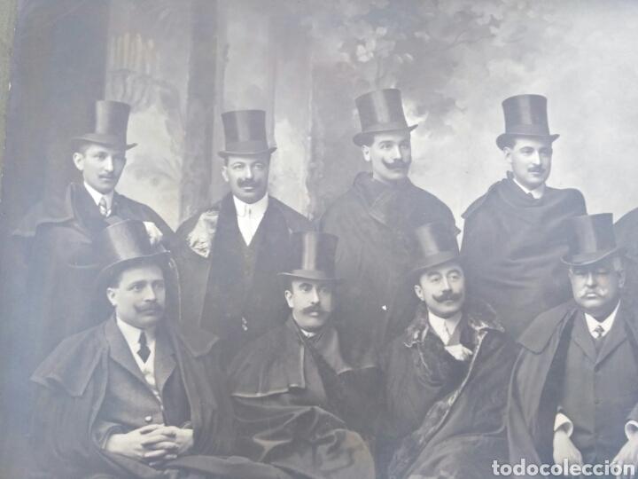 Fotografía antigua: Fotografía antigua de grupo, Vigo, Galicia, foto de Pacheco y viuda de Prosperi. - Foto 5 - 130838265