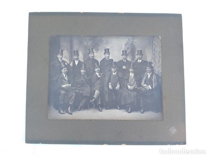 Fotografía antigua: Fotografía antigua de grupo, Vigo, Galicia, foto de Pacheco y viuda de Prosperi. - Foto 6 - 130838265