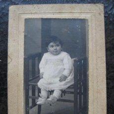 Fotografía antigua: FOTOGRAFIA NIÑA - DARBLADE - TORREVIEJA. Lote 134314966