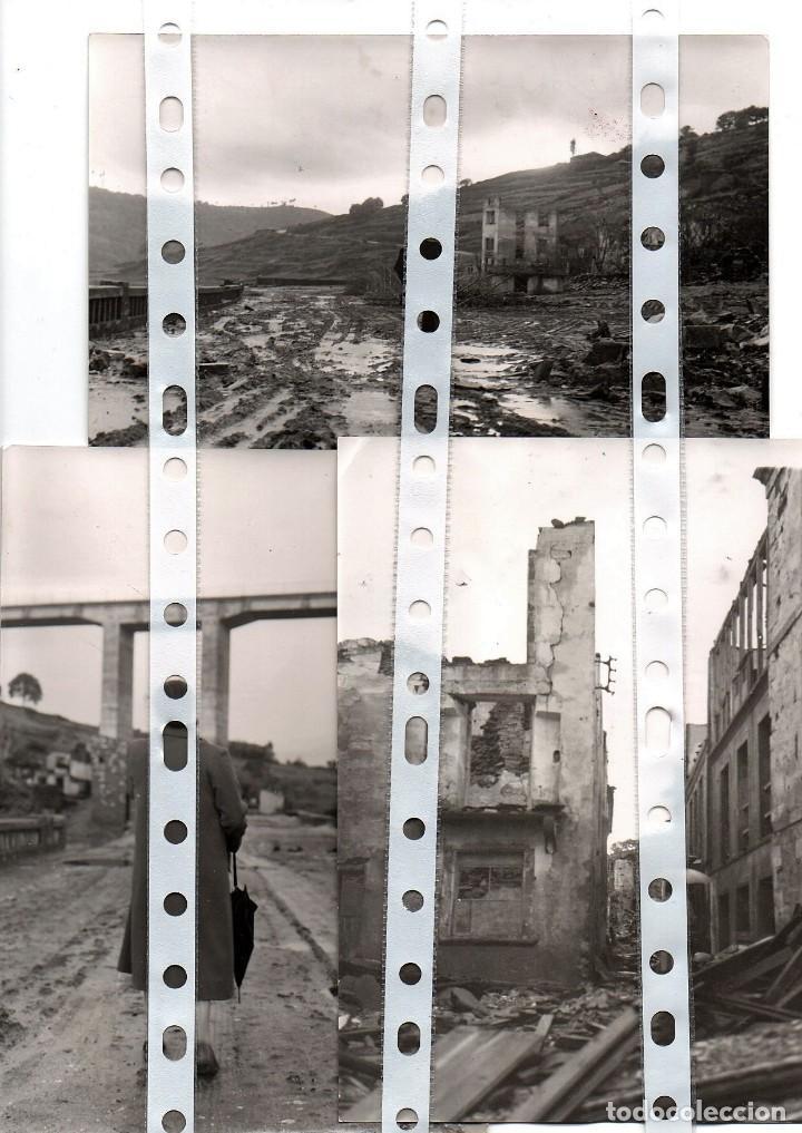 Fotografía antigua: 11 fotos del antiguo pueblo de Portomarín, Lugo, inundado por el pantano de Belasar en 1963. - Foto 2 - 134916194