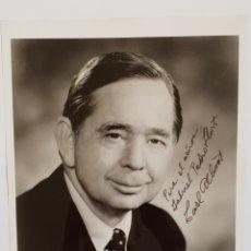 Fotografía antigua: FOTOGRAFÍA FIRMADA Y DEDICADA DE CARL ALBERT SENADOR DE LOS EE.UU 1976. Lote 135294434