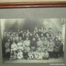 Fotografía antigua: FOTOGRAFÍA DE M. RÍOS.IGUALADA PRINCIPIO S.XX.RAMBLA NÚMERO 4.. Lote 136369598