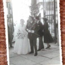 Photographie ancienne: COMANDANTE DE AVIACION EN BODA. Lote 137291014