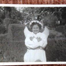 Fotografia antiga: NIÑA VESTIDA DE ANGEL. Lote 138533398