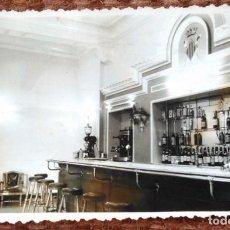 Fotografia antiga: INTERIOR CAFETERIA EN VALENCIA - FOTO: NICOLAS FERNANDEZ - 1952. Lote 139263718