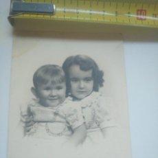 Photographie ancienne: RETRATO ANTIGUO DOS NIÑOS GARAY BILBAO AÑOS 30. Lote 143572582