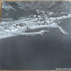 Fotografía antigua: ANTIGUA FOTOGRAFIA DEL PUERTO DE GARRAF (BARCELONA) MEDIDAS 16 X 18 CM. Lote 144086226